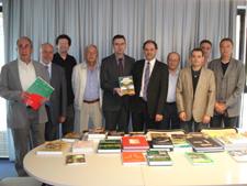 Una obra sobre la salut de les plantes de cultiu guanya el premi de la 38a. edició del llibre agrari Fira Agrària Sant Miquel-Eurofruit 2009.