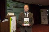 """Presentació a Barcelona del Llibre """"Aplicación sostenible de productos fitosanitarios""""  escrit pel nostre company, Santiago Planas"""