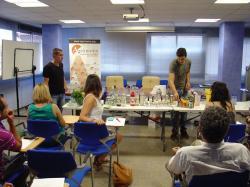El Col·legi d'Enginyers Agrònoms dóna pas a l'estiu amb un taller de còctels