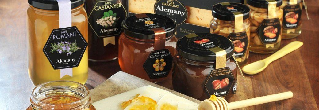 Visita mels Alemany, tast de mels i dinar de germanor al Monestir de Les Avellanes