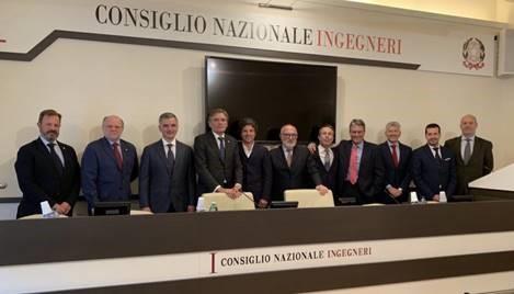 Signatura de l'Acord de Reconeixement Mutu dels Professional Engineers de l'AQPE a Itàlia